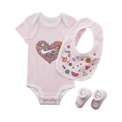 Nike-sæt til babyer (0-9 mdr.) i tre dele
