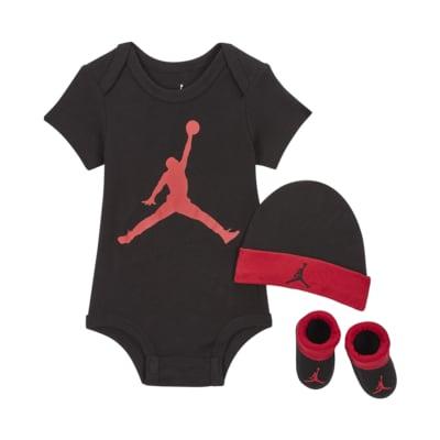 Zestaw body, czapka i buciki dla niemowląt Jordan