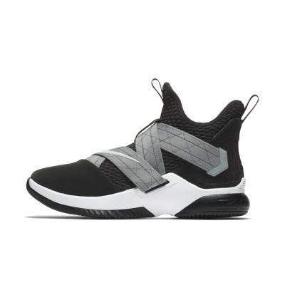 LeBron Soldier 12 SFG 籃球鞋