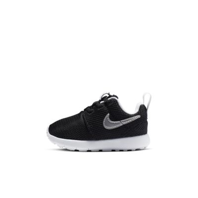 nike infant roshe run