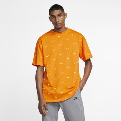 Nike Men's Swoosh Logo T-Shirt