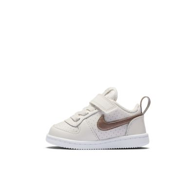 Calzado para bebé e infantil NikeCourt Borough Low