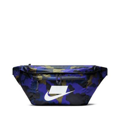 กระเป๋าคาดเอวพิมพ์ลาย Nike Sportswear Tech
