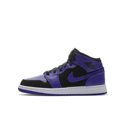 Air Jordan 1 Mid Older Kids' Shoe