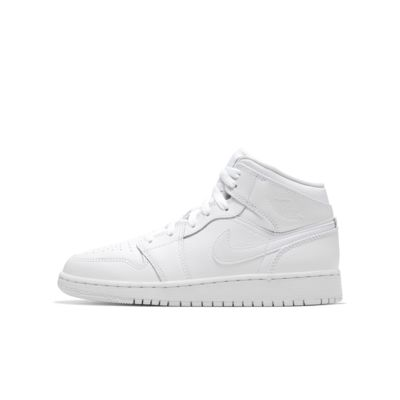 Air Jordan 1 Mid Big Kids' Shoe