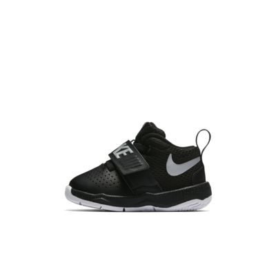Toddler Shoe. Nike Team Hustle D 8