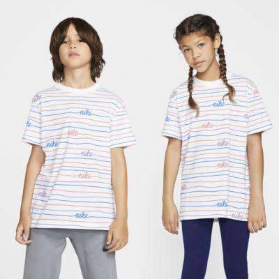 Playera para niños talla grande Nike Sportswear