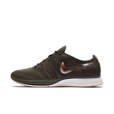 Nike Flyknit Trainer Unisex Shoe