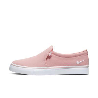 รองเท้าผู้หญิงทรงสวม NikeCourt Royale AC