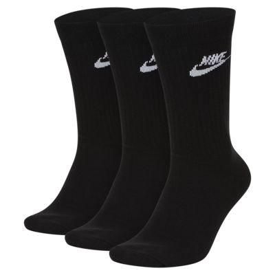 Nike Sportswear Everyday Essential Crew Socks (3 Pairs)
