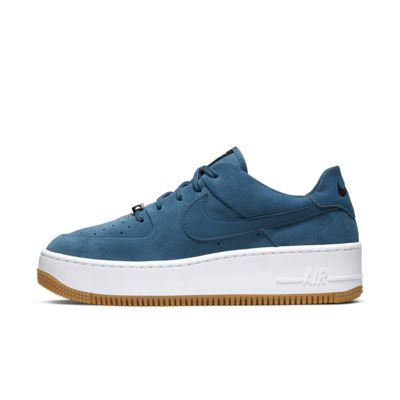 Dámská bota Nike Air Force 1 Sage Low