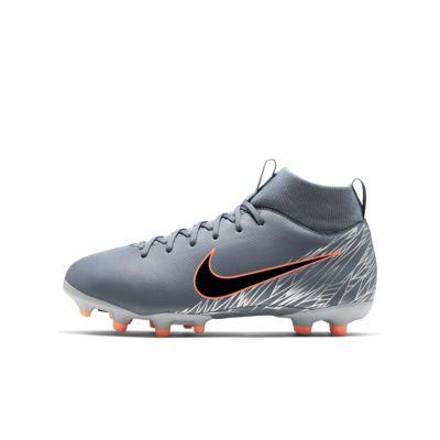 Nike Jr. Superfly 6 Academy MG-fodboldstøvlen til små og store børn til flere typer underlag