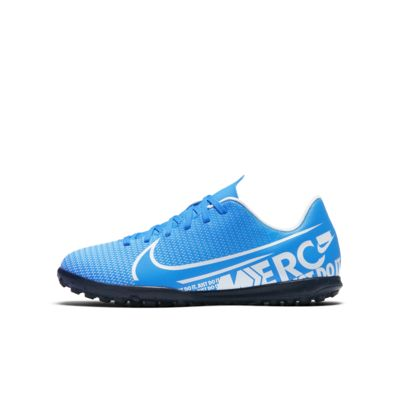 Nike Jr. Mercurial Vapor 13 Club TF Fußballschuh für Kunstrasen für jüngere/ältere Kinder