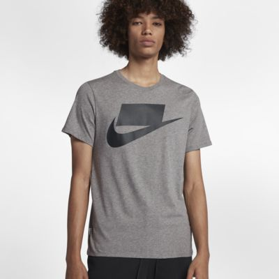 Nike Sportswear Men's T-Shirt
