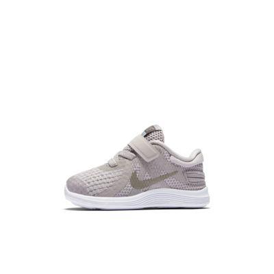 Nike Revolution 4 FlyEase sko til sped-/småbarn