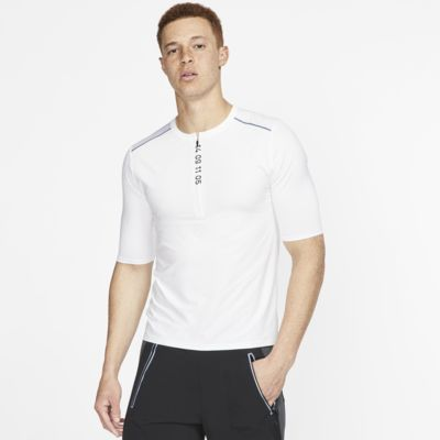 Nike Tech Pack Men's 1/2-Zip Short-Sleeve Running Top