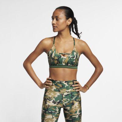 Nike Indy Camo sports-BH med lett støtte til dame