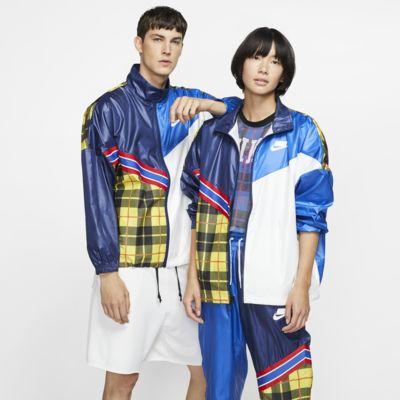 Chamarra de tejido Woven con estampado de cuadros para mujer Nike Sportswear NSW