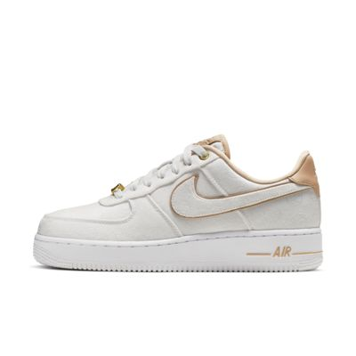 promo code d0c31 83a49 Nike Air Force 1 Lux