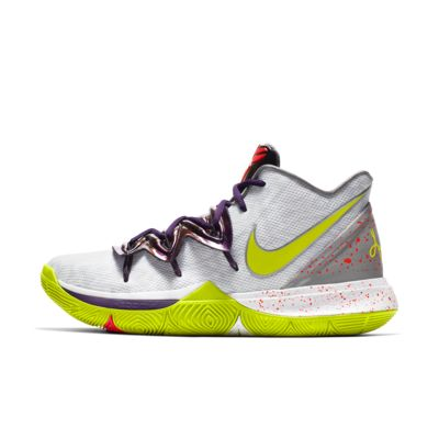 Kyrie 5 Basketball Shoe