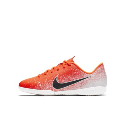 Nike Jr. VaporX 12 Academy IC-indendørs fodboldstøvle til små/store børn