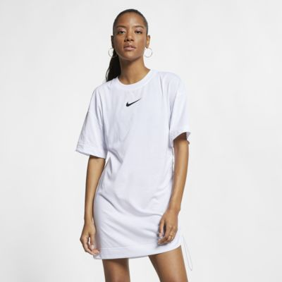 Nike Sportswear Swoosh Kadın Elbisesi