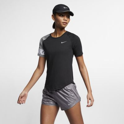 เสื้อวิ่งผู้หญิง Nike Miler