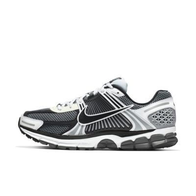 Nike Zoom Vomero 5 SE SP Men's Shoe