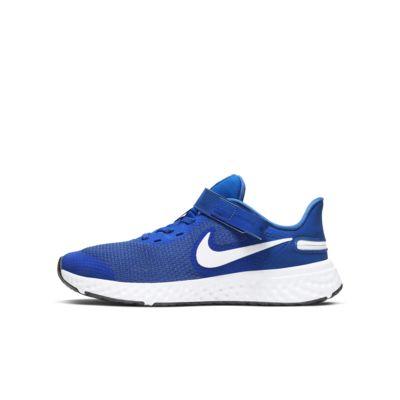 Nike Revolution 5 FlyEase Laufschuh für ältere Kinder (Weit)