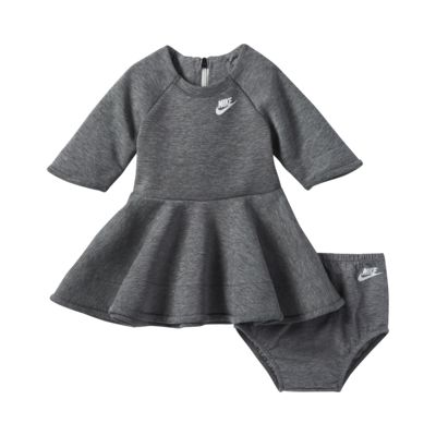 Klänning Nike Tech Fleece för baby