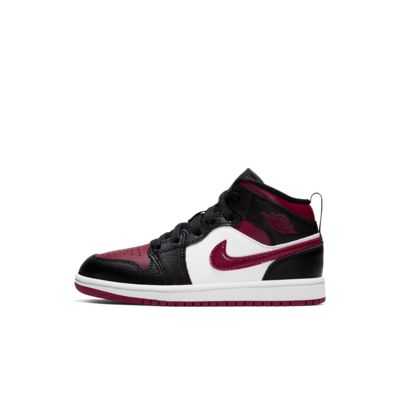 Air Jordan 1 Mid Younger Kids' Shoe