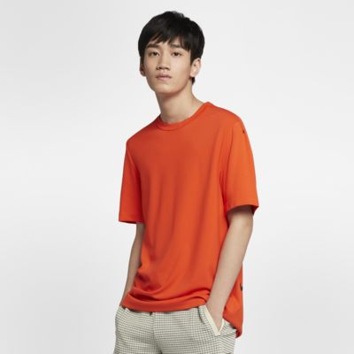 Nike Sportswear Tech Pack 男子短袖上衣