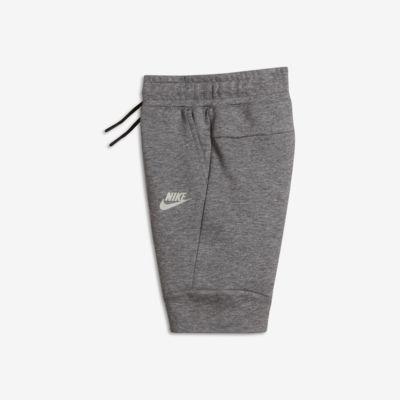 Nike Sportswear Tech Fleece Shorts für jüngere Kinder