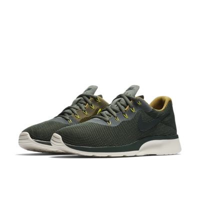 new product efb82 9efdd ... best price nike tanjun racer mens shoe. nike 4e227 57233