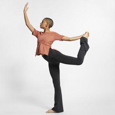 Γυναικεία κοντομάνικη μπλούζα προπόνησης γιόγκα Nike Studio