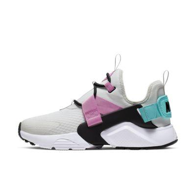 Nike Air Huarache City Low 女子运动鞋