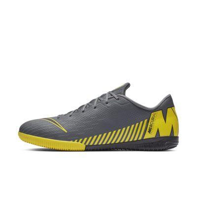 Nike VaporX 12 Academy IC futballcipő fedett pályára