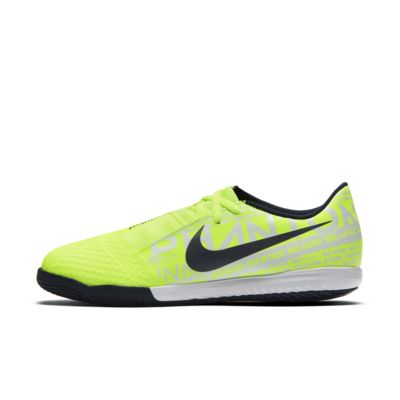 Nike Jr. Phantom Venom Academy IC Older Kids' Indoor/Court Football Boot