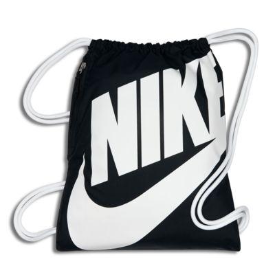Nike Sportswear Heritage - gymnastikpose