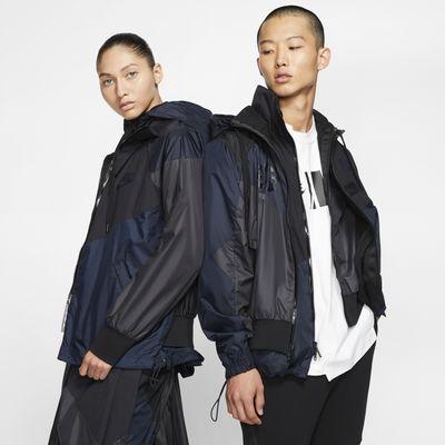 Nike x Sacai 連帽防風外套