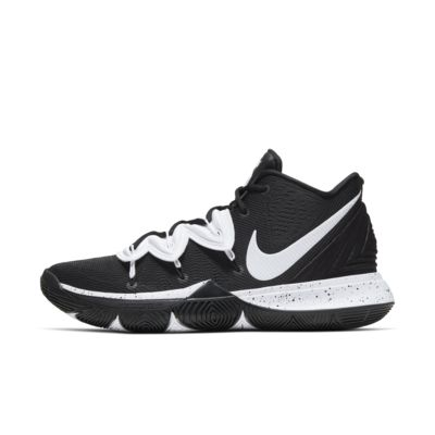 Kyrie 5 (Team) Shoe