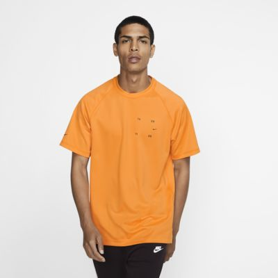 Pánské tričko Nike Sportswear Tech Pack s krátkým rukávem