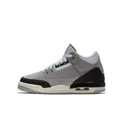 Купить Детские кроссовки Air Jordan 3 Retro, Light Smoke Grey/Черный/Белый/Хлорофилл, 22009884, 12336399