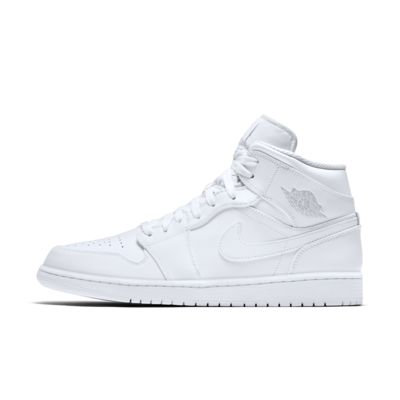 18703e6dab3c Air Jordan 1 Mid Men s Shoe. Nike.com IN