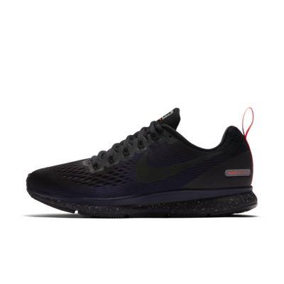 Nike Air Zoom Pegasus 34 Shield 女子跑步鞋