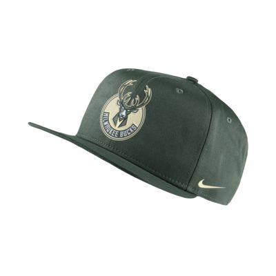 Milwaukee Bucks Nike Pro NBA Cap