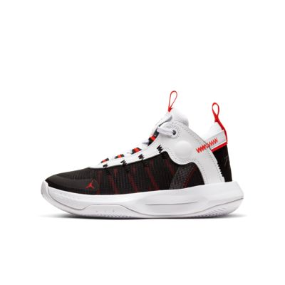 Jordan Jumpman 2020 Older Kids' Basketball Shoe