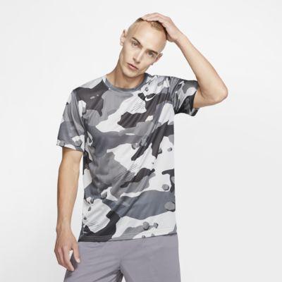 Tee-shirt de training camouflage Nike Dri-FIT pour Homme