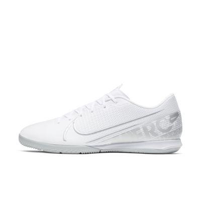 Nike Mercurial Vapor 13 Academy IC Indoor/Court Football Shoe
