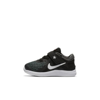 Nike Revolution 4 FlyEase Schoen voor baby's/peuters